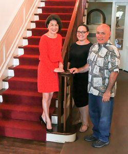 First Lady Dawn Amano-Ige with Washington Place curator Cynthia Engle and director Cameron Heen
