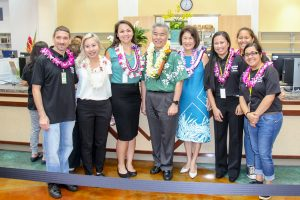 Governor and Mrs. Ige joined Nanakuli Library staff at the grand opening last month.