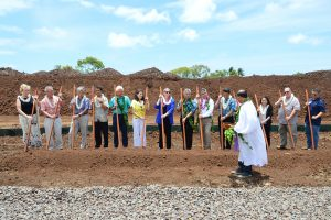 Gov. Ige, officials break ground for Keahumoa Place in Kapolei