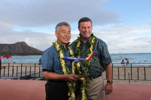 Gov. Ige with Southwest president Tom Nealon.