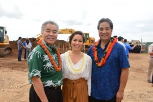 Krysyan Durrett thanked Gov. Ige and Mutual Housing's Dave Nakamura at the groundbreaking for Kulia at Ho'opili, an affordable rental project. A similar project helped her family save for their own home.
