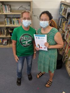 'Ohana Readers advocates in Kekaha: Waimea Public Library branch manager Michelle Young (left) and preschool teacher Penny Beisch.