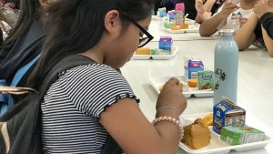DOE students can get free meals for 2021-22.